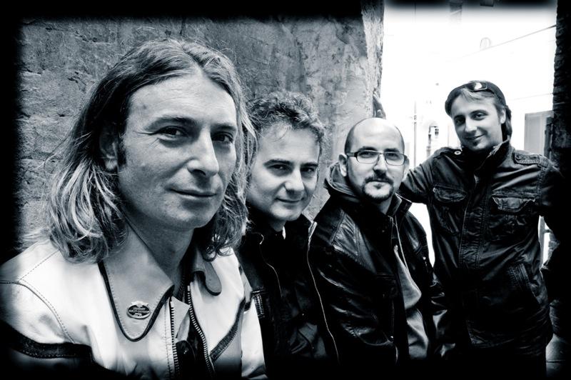 QuartoProfilo_Album_2012-4403_moo-sb_QuartoProfiloAlbum201244033_89_moo1-1p3_